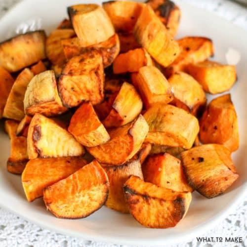 I LOVE roasted sweet potatoes but not how long they take in the oven. Check out this delicious and easy way to cook sweet potatoes in an air fryer.